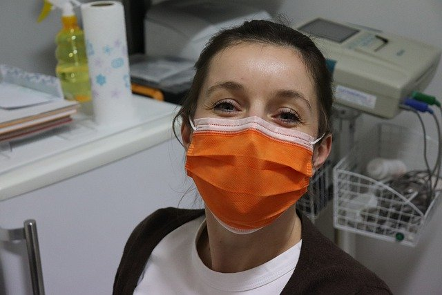 surgical mask photo
